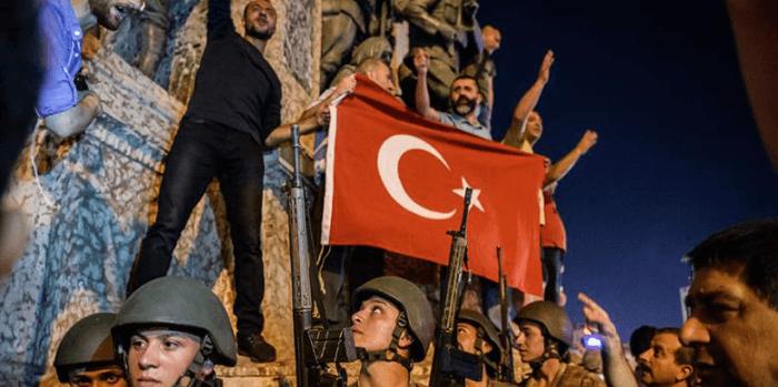 Kudeta Militer Turki Gagal, 103 Jendral Ditahan dan 8.000 Polisi Dipecat