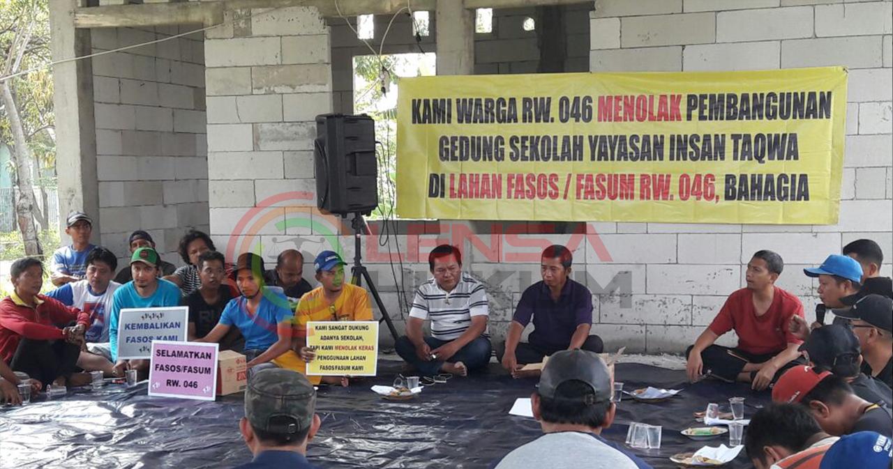 LensaHukum.co.id - Warga Villa Gading Harapan Menolak Pembangunan SDIT 3 - Warga Villa Gading Harapan Menolak Pembangunan SDIT