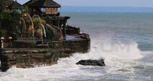 LensaHukum.co.id - Hal Menarik Yang Dapat Anda Lakukan Di Tanah Lot Bali 1 310x165 - Hal Menarik Yang Dapat Anda Lakukan Di Tanah Lot, Bali