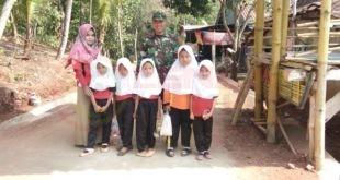 LensaHukum.co.id - AKSES SEKOLAH 3. Jembatan Gantung untuk Akses Sekolah Anak. 1 310x165 - Proyek Jembatan Gantung untuk Akses Sekolah Anak