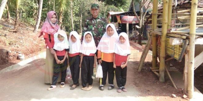 LensaHukum.co.id - AKSES SEKOLAH 3. Jembatan Gantung untuk Akses Sekolah Anak. 1 660x330 - Proyek Jembatan Gantung untuk Akses Sekolah Anak