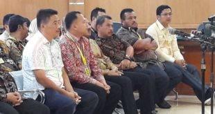 LensaHukum.co.id - 20 Anggota Dewan Dan Staf DPRD Hadir diPersidangan 2 310x165 - Anggota Dewan Dan Staff Sekwan Di Panggil Kepersidangan