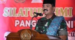 LensaHukum.co.id - IMG 20190407 WA0007 310x165 - Panglim TNI Mengunjungi Monument Pesawat MIG 17 Fresco