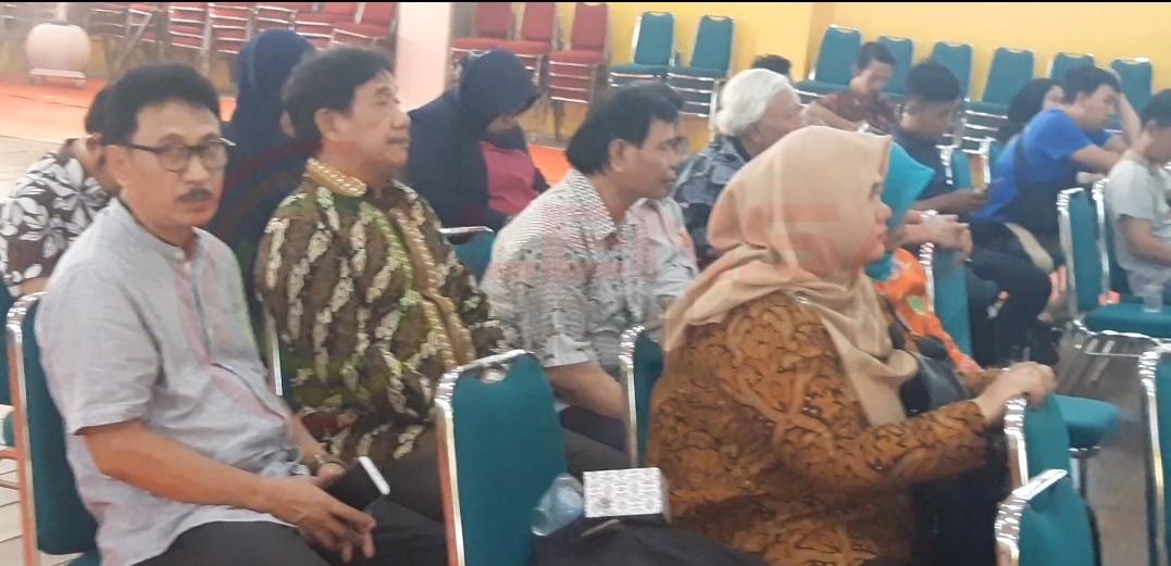 LensaHukum.co.id - Screenshot 20190807 030506 Gallery - Prof.Dr.Uman Suherman AS.Mpd,Mengesahkan ijin Operasional Universitas Mitra Karya